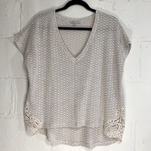 American Eagle Cream Lace Knit Boxy V-Neck Top M